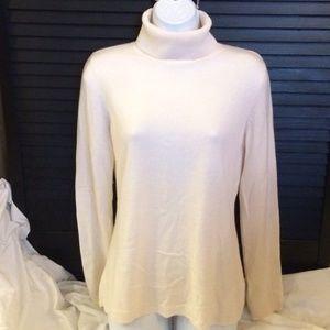 Ann Taylor sz M Blush Cream 100% Cashmere Sweater